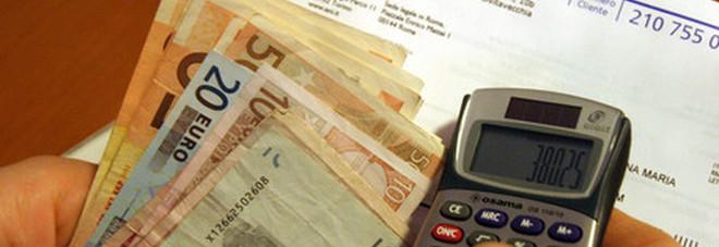 Coronavirus, Bollette in calo dal primo aprile: risparmio di 200 euro a famiglia-LEGGO➟
