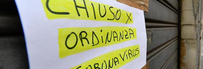 Coronavirus, fase 2: nuove regole per negozi, uffici e mezzi pubblici. Mascherine, guanti e ingressi contingentati-LEGGO➟